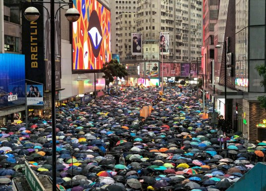 Wohin, Hongkong? Im Gespräch mit Prof. Eberhard Sandschneider