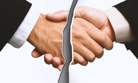 Temer decide vetar projeto que regulamenta negociação coletiva no serviço público