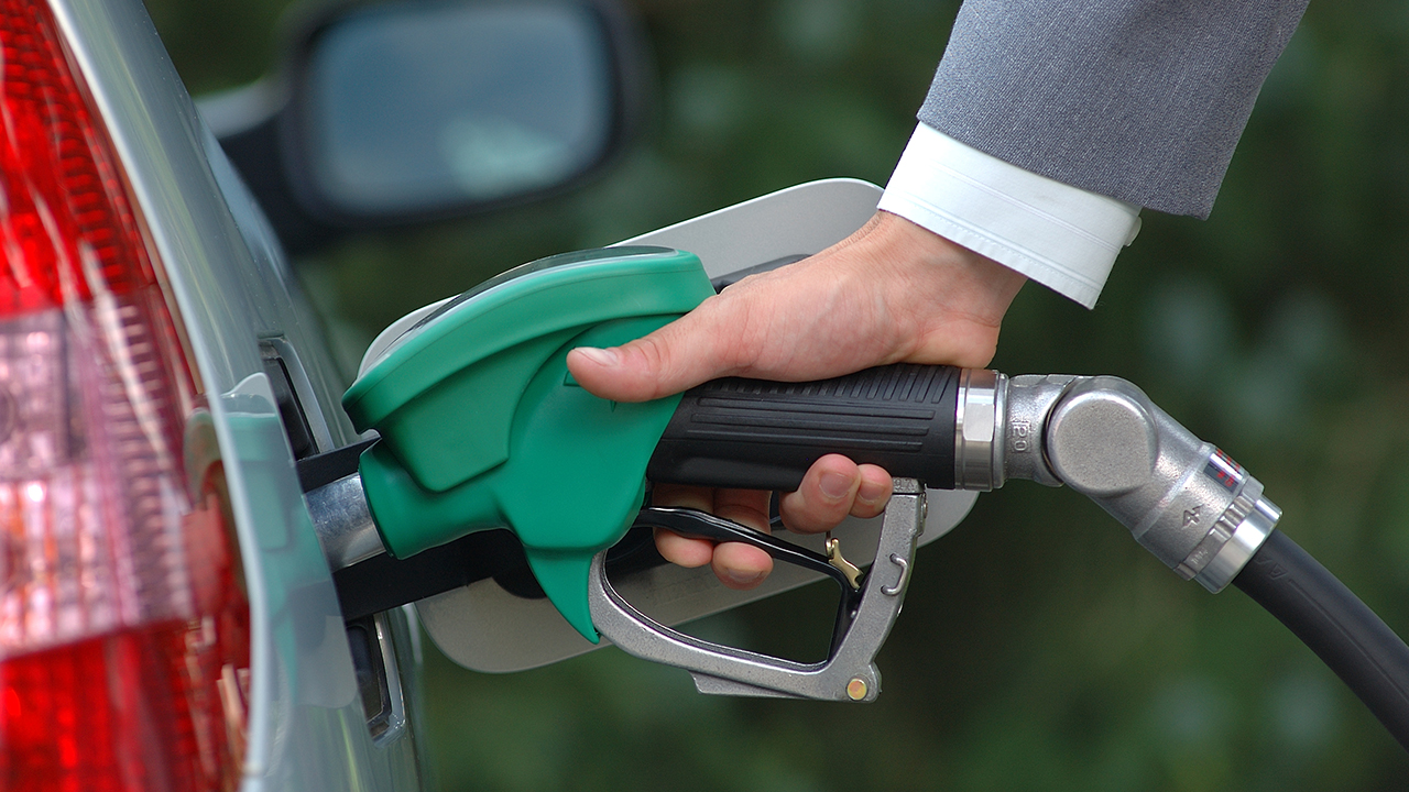green-living-gas-pump-ethanol_1516736095132_335657_ver1_20180124055601-159532