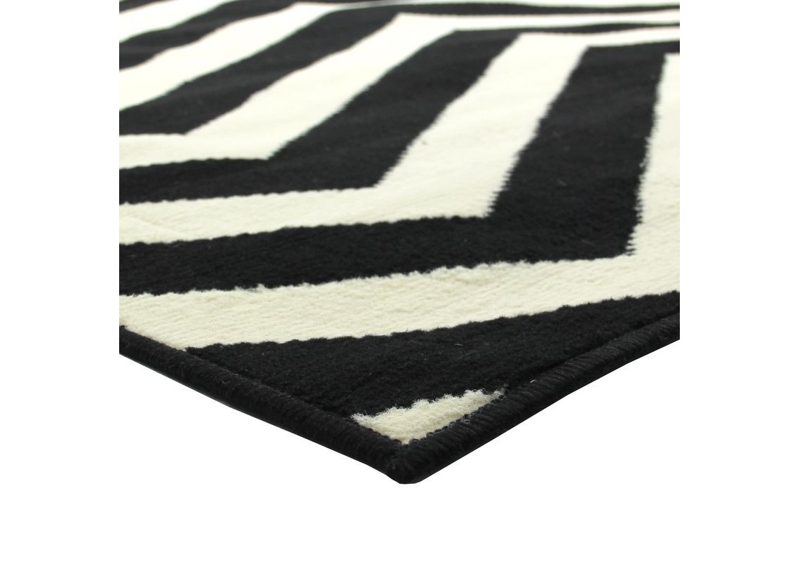 tapis presto 133x180cm chevron noir et blanc