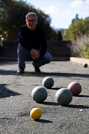 Sippity Sup plays bocce ball in the Anderson Valley, CA