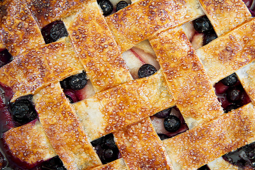 How to Make Nectarine-Blueberry Fruit Pie