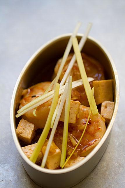 Shrimp and Tofu Stir-Fry with Leeks