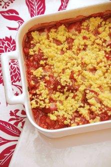Strawberry-Rhubarb Polenta Crisp