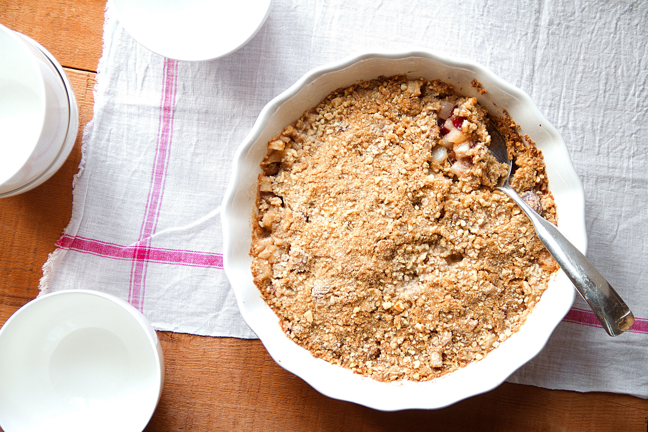 Holiday Pear-Cranberry Crisp: Small Talk