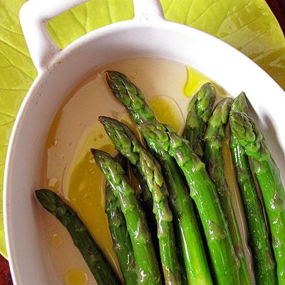marinating asparagus