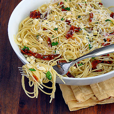 corn and sun dried tomato pasta
