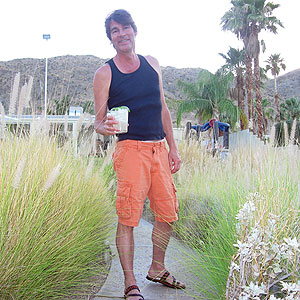 Greg Henry Sippity Sup in Palm Springs with a cucmber gimlet