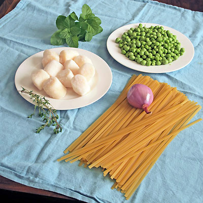 ingredients for scallop fettuccine with peas