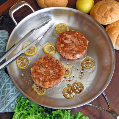 salmon burger with lemon and capers