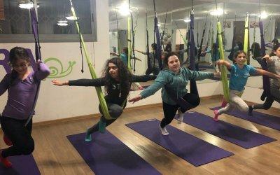 FLYoga Teens – Aerial Yoga for Teenage Girls