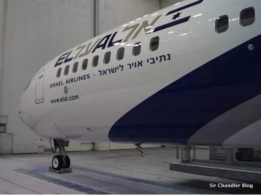 Una aerolínea recibió avión nuevo en caja y con telgopor