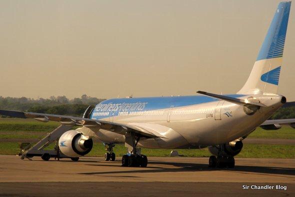 Airbus-330-AR-LV-FNI