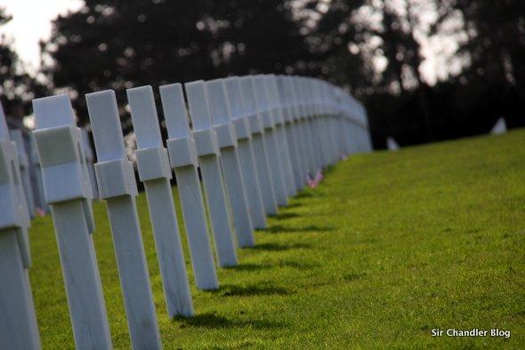cementerio-normandia-cruces-sombras