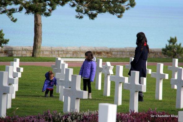 cementerio-normandia-familia