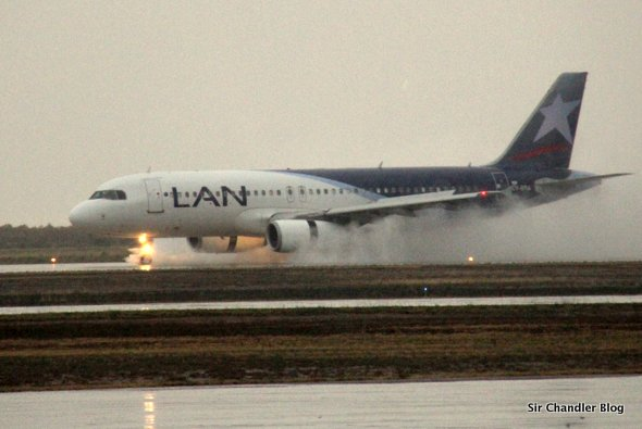 airbus320-lan-lluvia