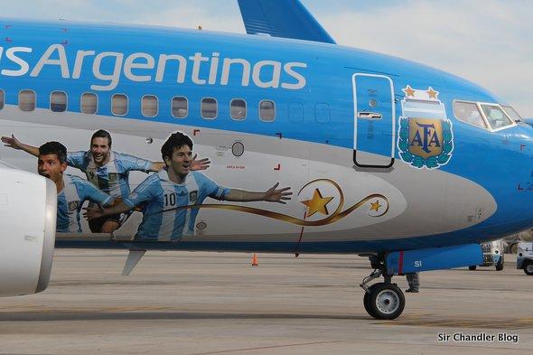 b737-aerolineas-messi