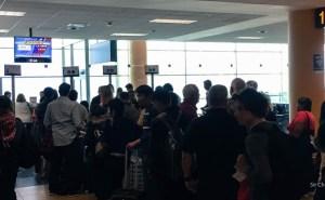 D-lima-lan-aeropuerto-fila