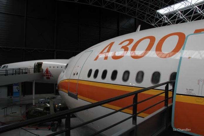 12-airbus-300