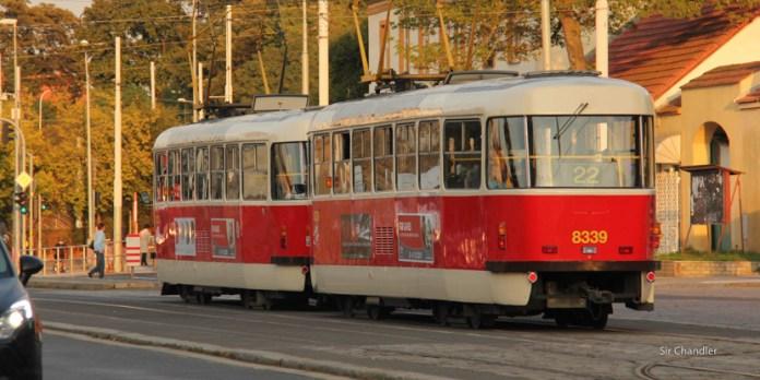 Paseando y viajando en el tranvía de Praga