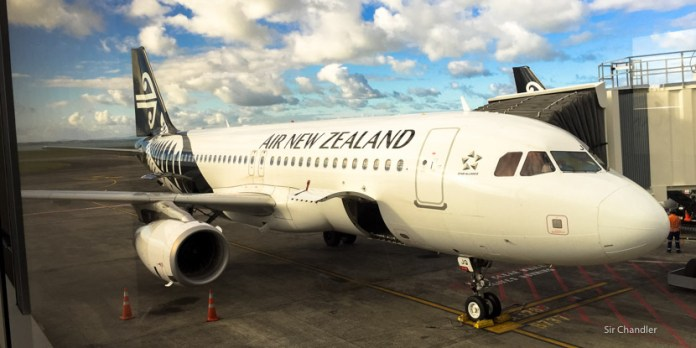 Vuelo de cabotaje entre Auckland y Queenstown con Air New Zealand