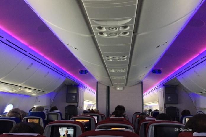22-cabina-787-lan