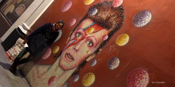 El mural de David Bowie en Londres