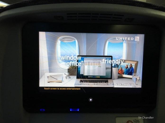 7-pantalla-787-united
