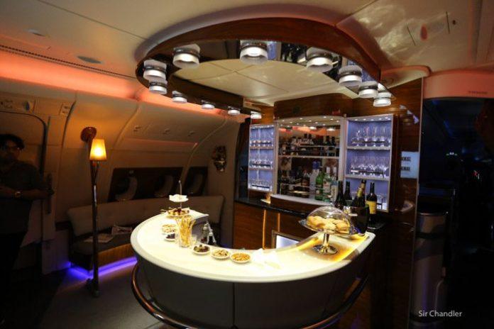 emirates-airbus-380-9491
