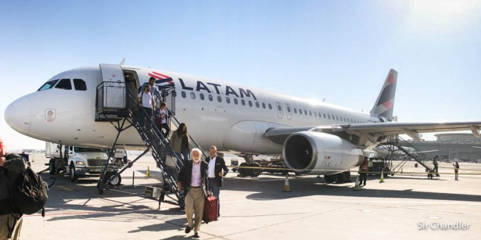 Latam se lleva dos Airbus 320 por el problema de los 787