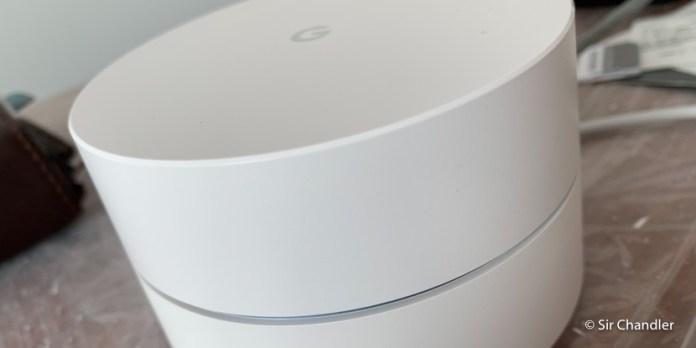 El sistema de wifi de google y el interruptor de luz para la smart home que instalé