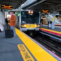 ¿Cómo es ir desde el aeropuerto JFK de New York al centro de Manhattan en tren?
