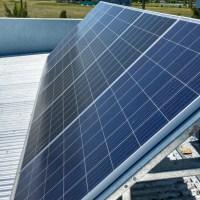 Los paneles solares, el agua que se calienta por el sol, la casa smart y varias cosas más que implementé