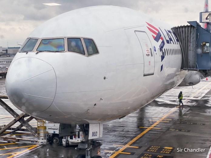 LATAM confirma sus vuelos de la primera quincena de mayo