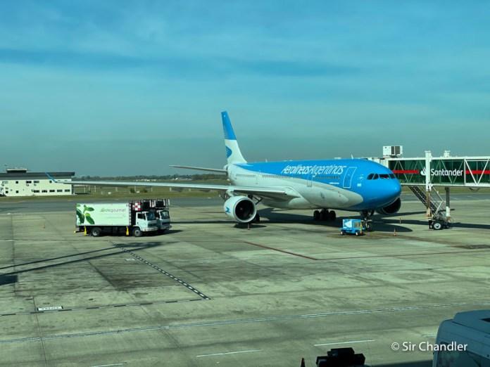 Aerolíneas Argentinas canceló más vuelos que los que agregó en su momento