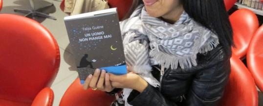 "Intervista alla scrittrice parigina Faïza Guène, autrice di ""Un uomo non piange mai""<span class=""wtr-time-wrap after-title""><span class=""wtr-time-number"">4</span>′ di lettura</span>"