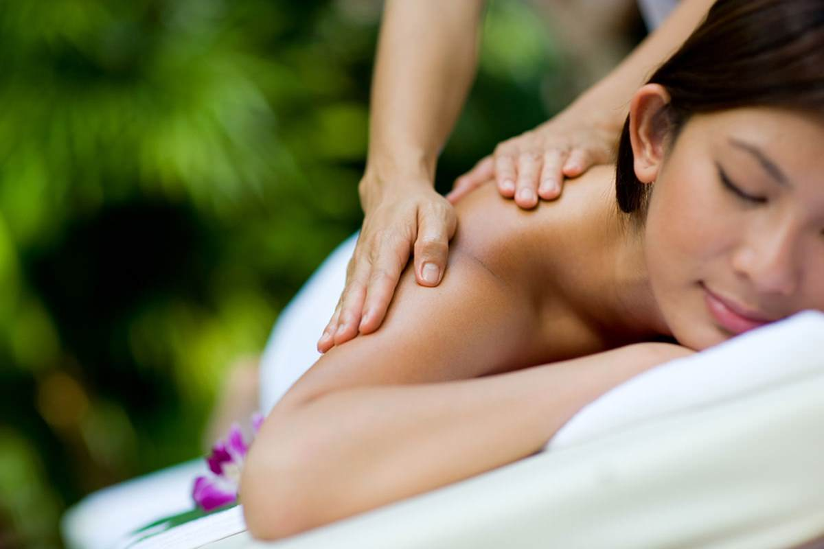 Ladies Massage in Sirina Thai Spa