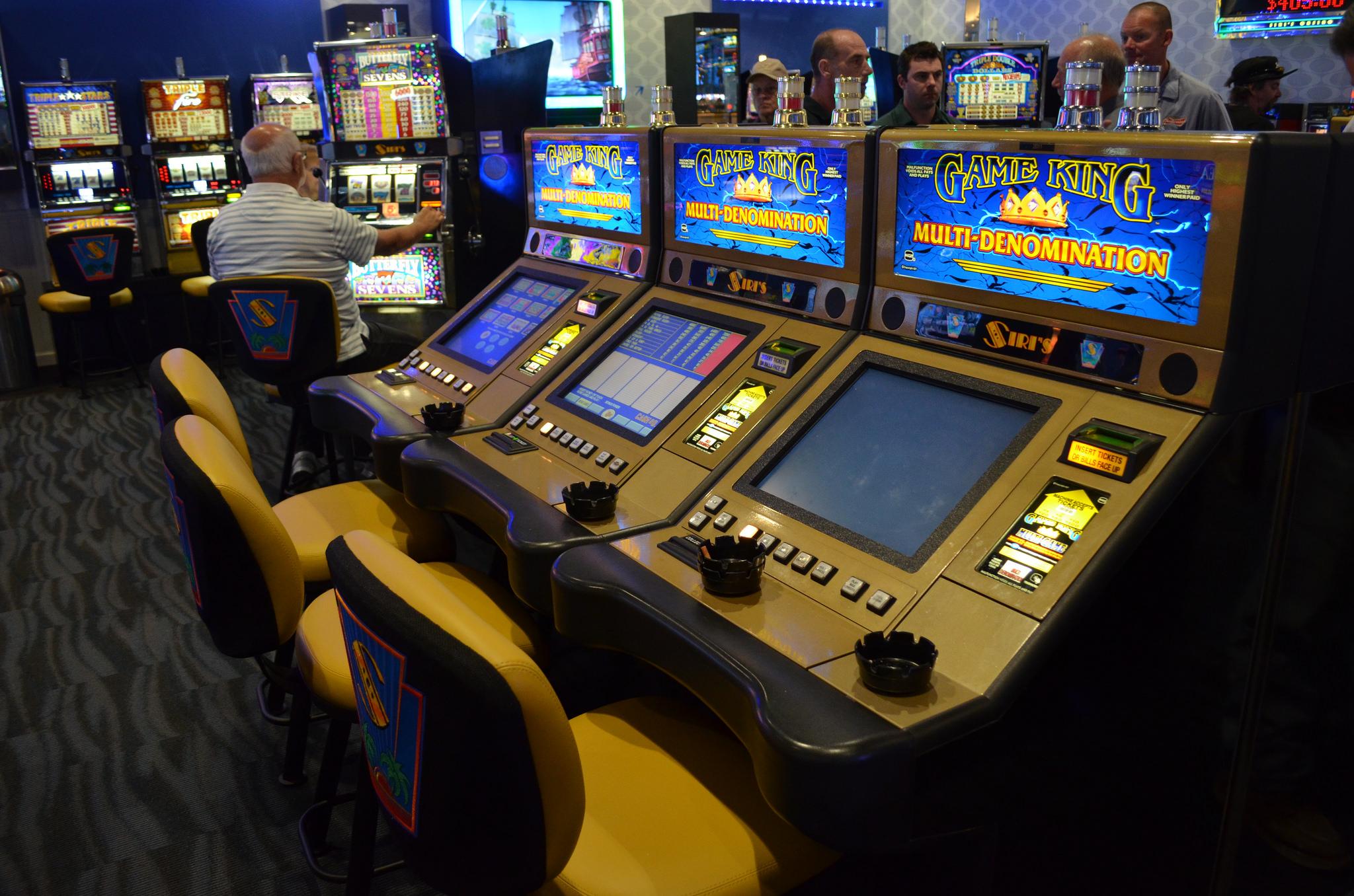 Siri s casino starcraft 2 save games