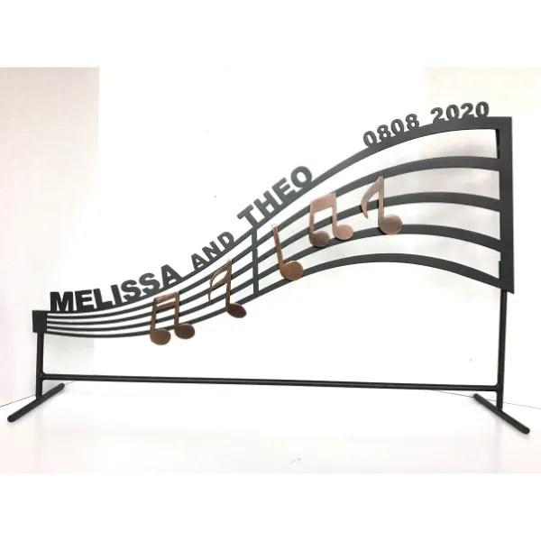 Musical notes metal wall decor