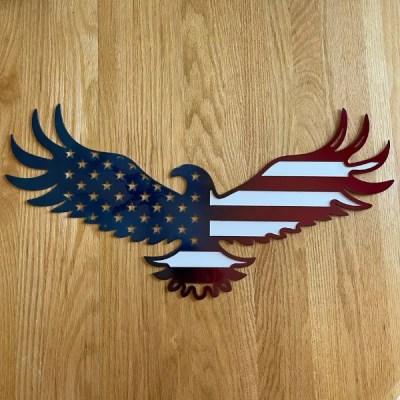 patriotic eagle on wood