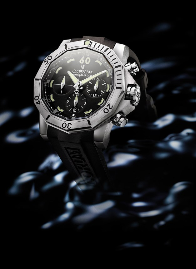 Corum_Defender_2309_G_HD
