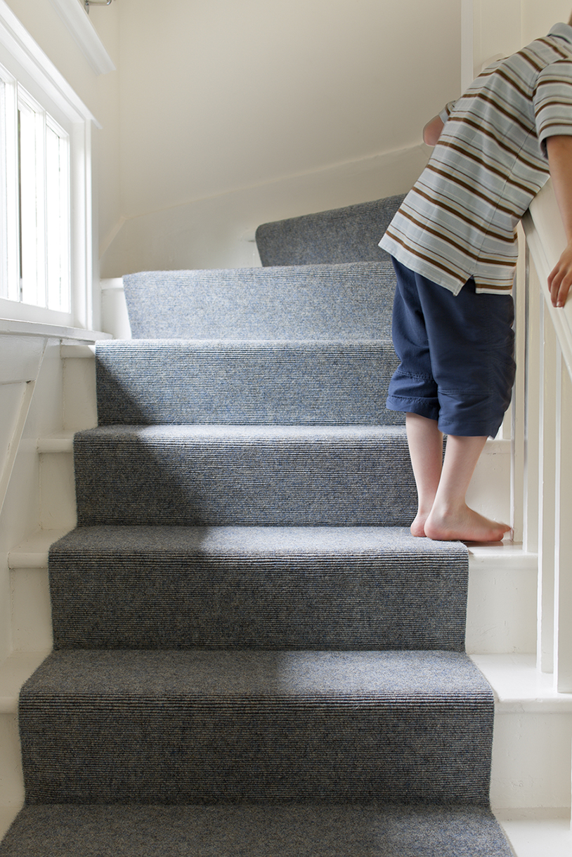 Q Amp A How Do I Install Carpet On Stairs Sisalcarpet