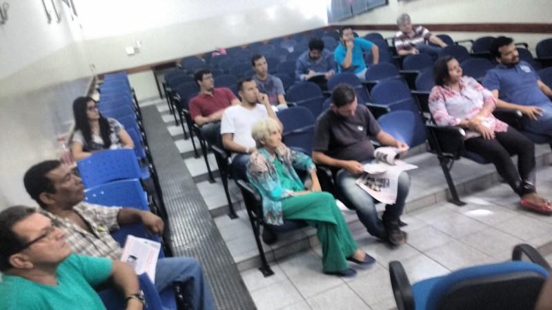 Assembléia em Corumbá com homenagens