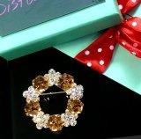 Golden Eye: Exquisite Crystal Brooch