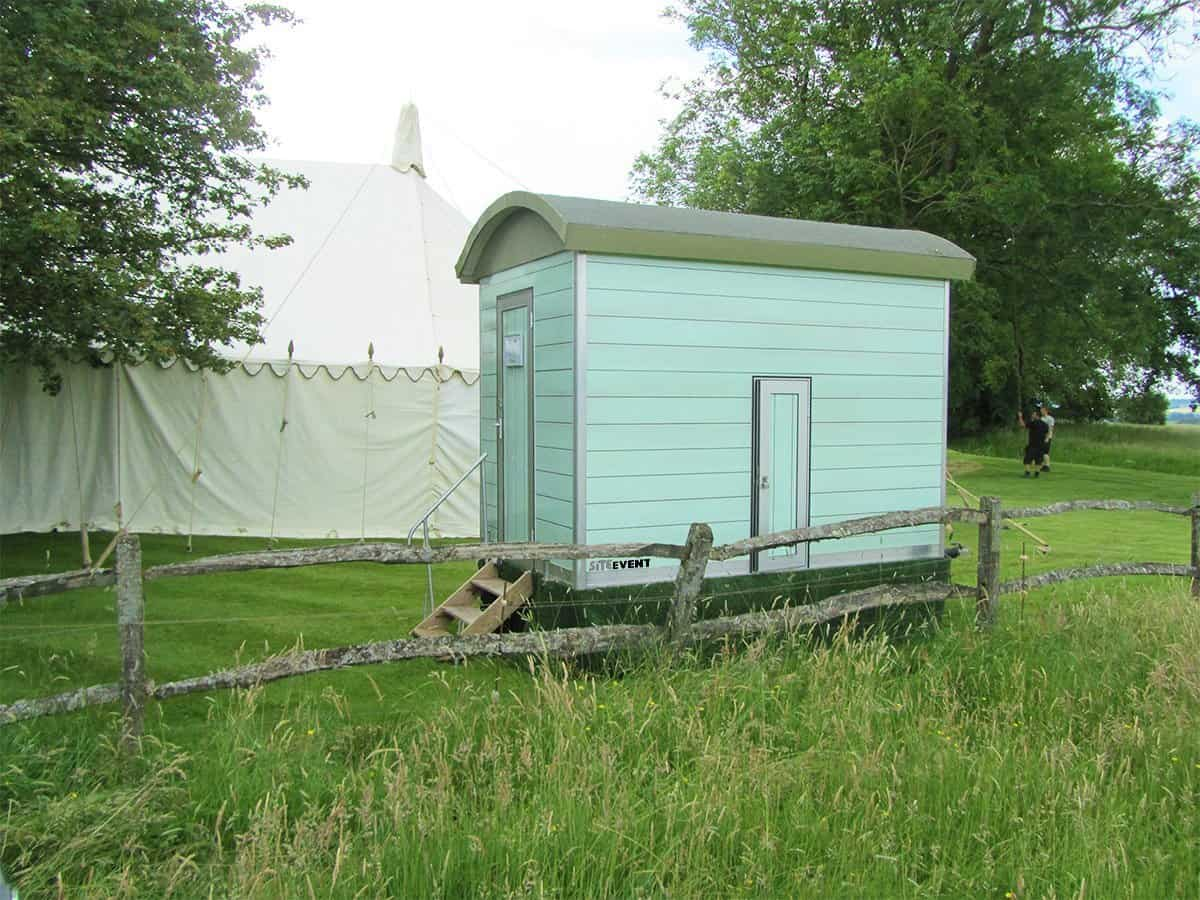 shepherds hut toilet