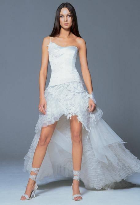 vestidos de noivas curtos não combinam com cerimônias à noite