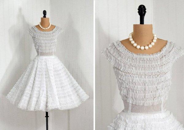 modelos de vestidos de noiva curtos sensuais