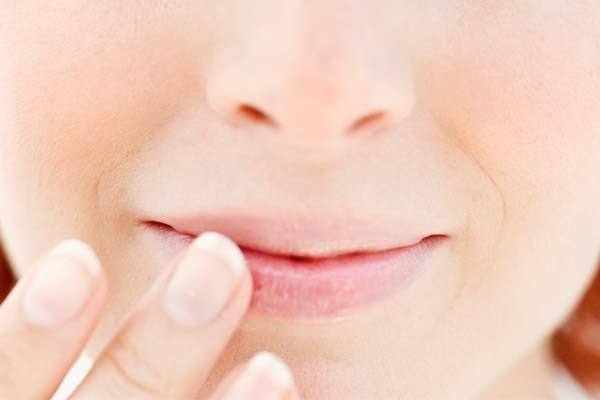como tratar labios ressecados
