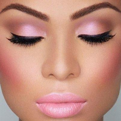maquiagem cor-de-rosa agora é moda