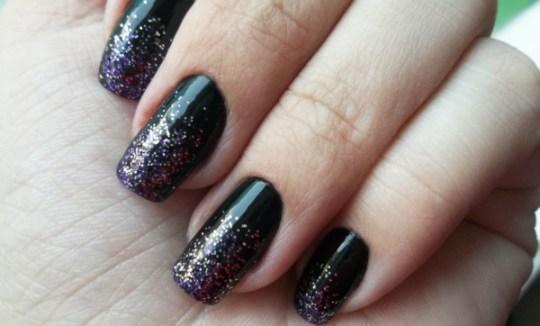 foto de unhas decoradas com glitter